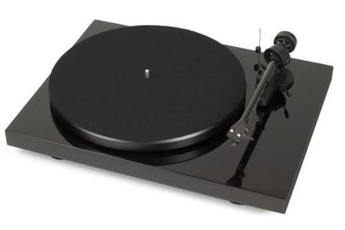 Pro-Ject Debut Carbon DC Turn-table
